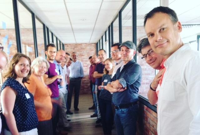 Réunion des membres de PRESTALIANS lors d'une journée Design Thinking en août 2017